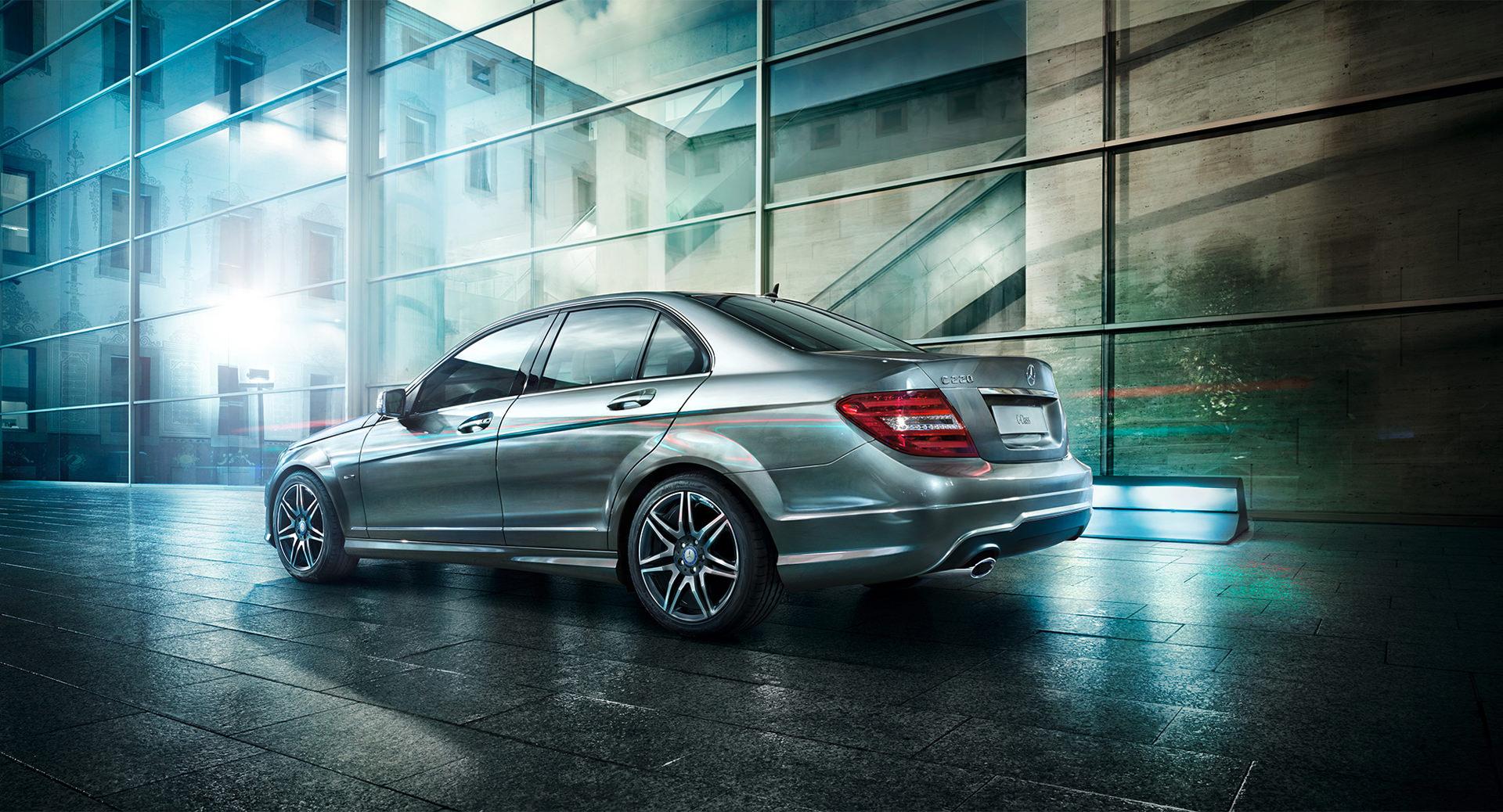 Mercedes-Benz C-Klasse, JvM, anke luckmann, www.ankeluckmann.com, kai tietz, gloss, c class, silver, architecture, business,