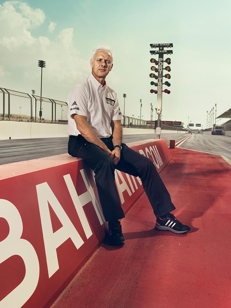 ©ankeluckmann1435v,Bahrain; Circuit; GQ; Pit lane; Porsche; Race Track; Transportation; WEC; 6 hours Bahrain; Portrait; Matthias Mueller; CEO, anke luckmann, www.ankeluckmann.com, kai tietz, racing