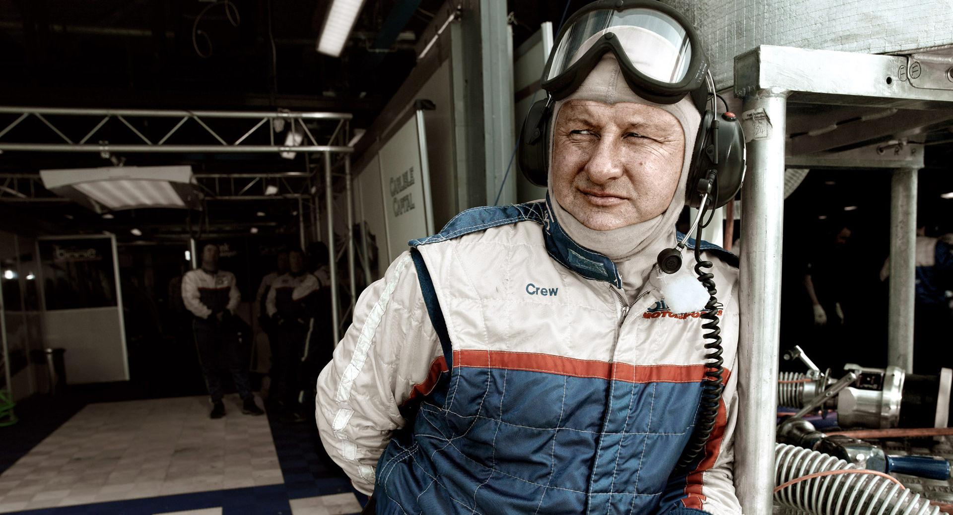 2007 04monza 0314, portrait, www.ankeluckmann.com, anke luckmann, personal work, sport, racing, italy, mechanics, pilots, steno goldstein, monza