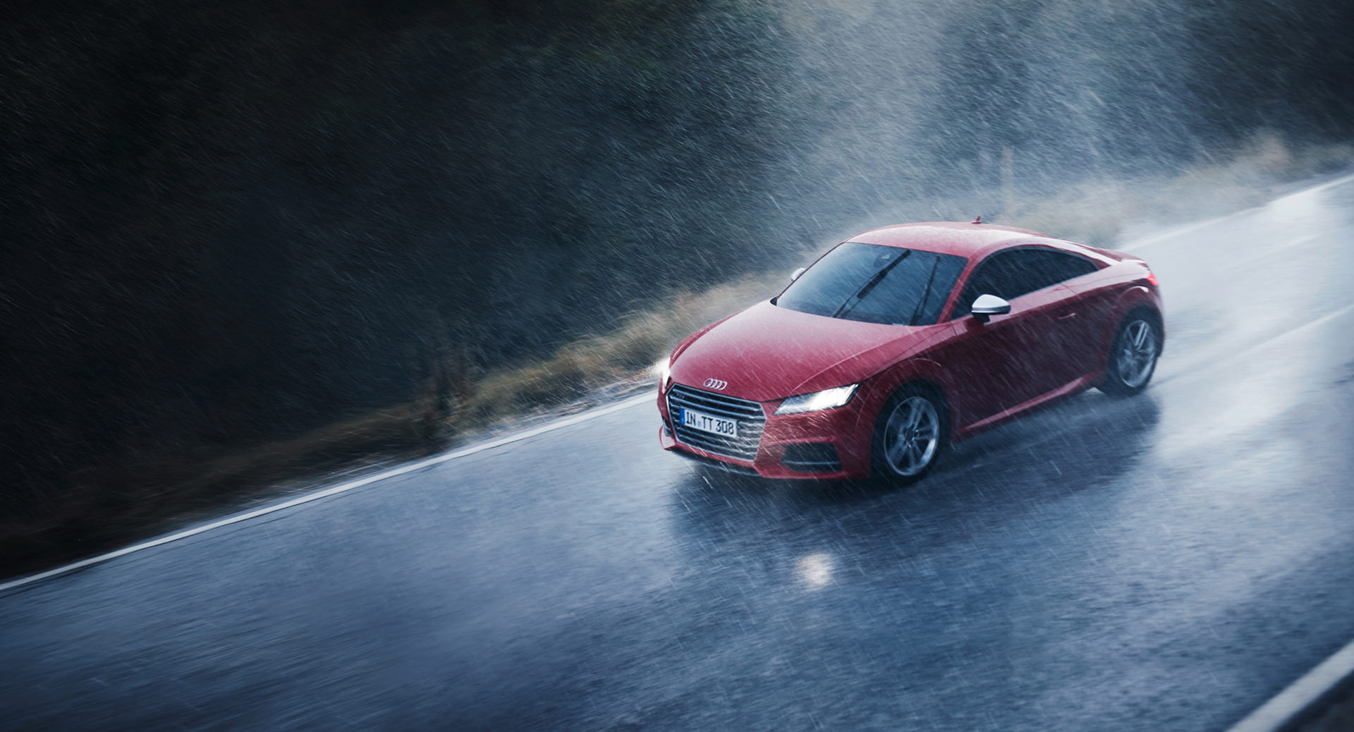 Audi Rainmaker, rain, Audi Magazin, Loved, Anke Luckmann, www.ankeluckmann.com, kai tietz, red car, rain, driving