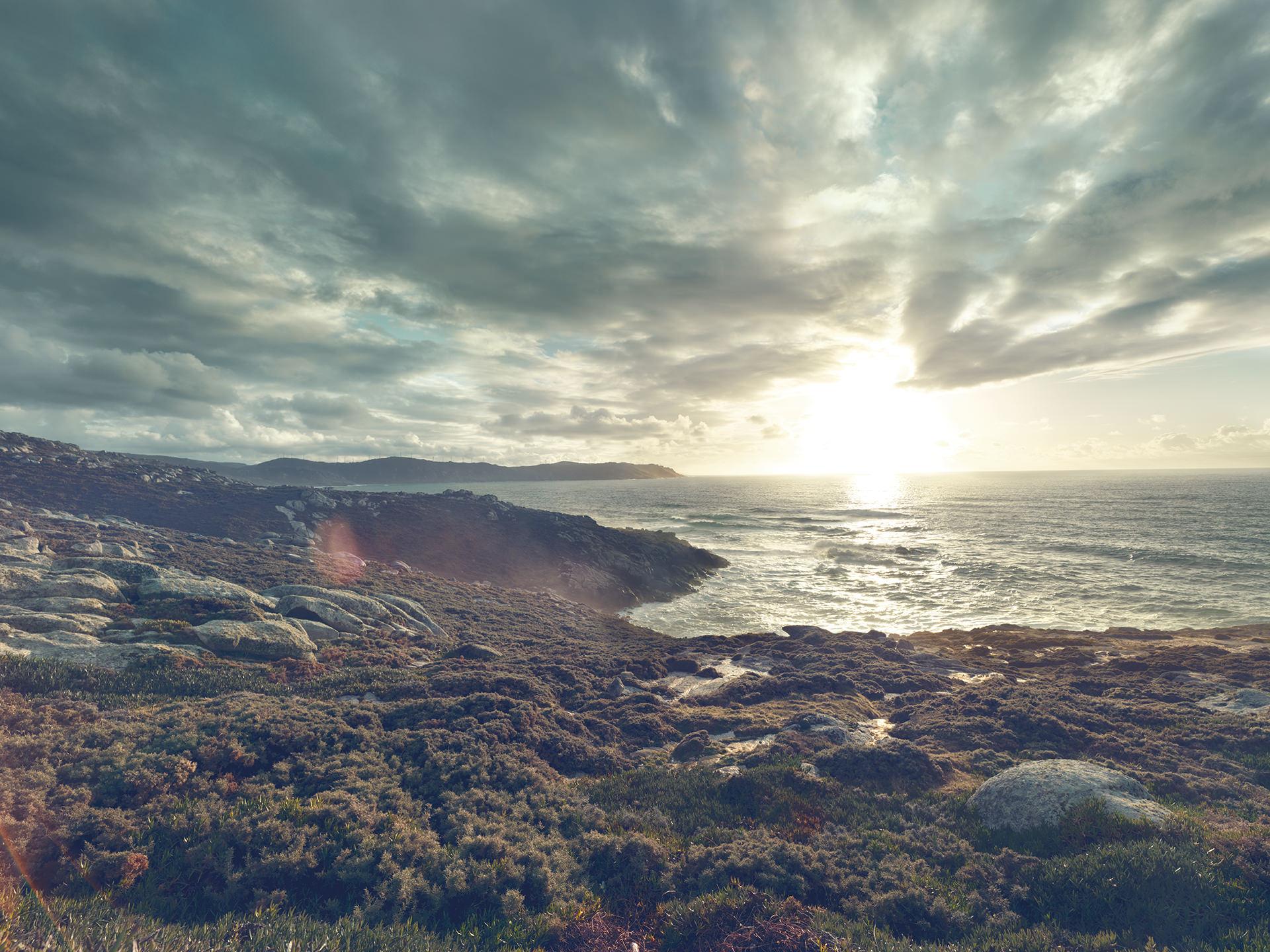 ©ankeluckmann1722, coast, galicia, green, landscape, rocks, spain, anke luckmann, www.ankeluckmann.com, sea
