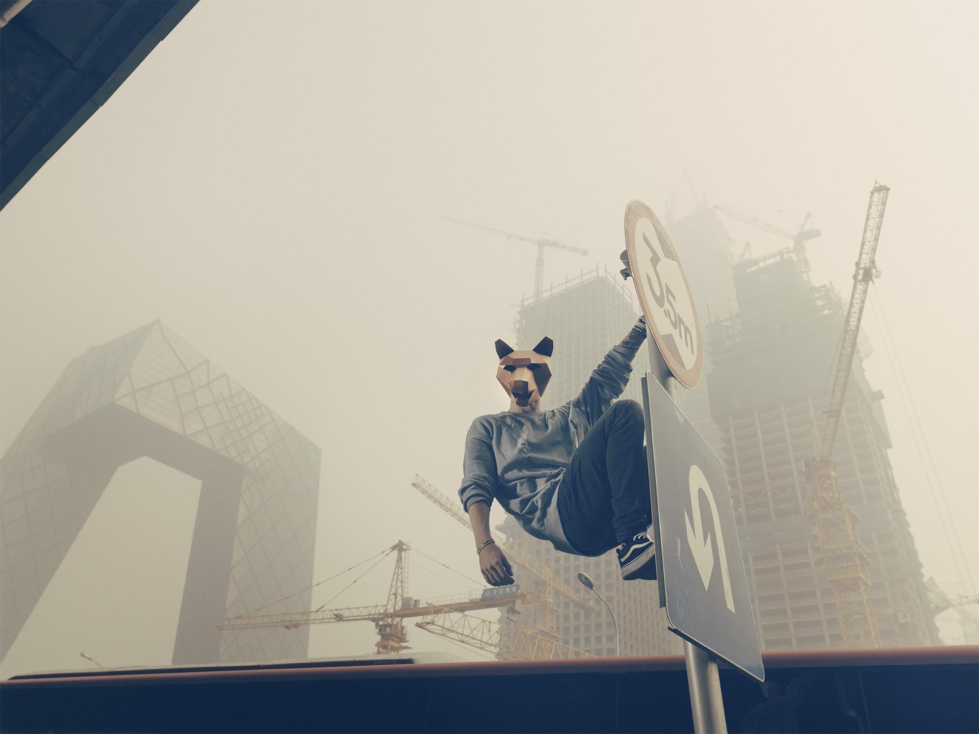 wintercroft, masken, beijing,china, www.ankeluckmann.com, parkour, peking, fine art, personal work, urban, goes awards, wolf